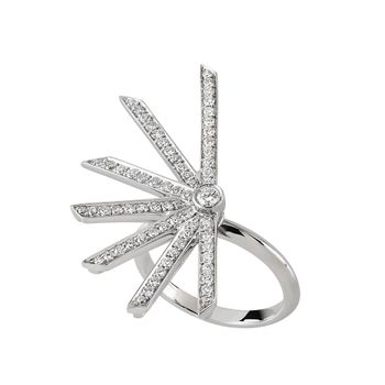star-ring-white-diamonds
