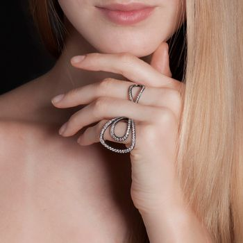 anel-gala-ouro-branco-rodio-negro-diamantes-modelo