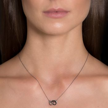 handcuff-necklace-black-rhodium-diamonds