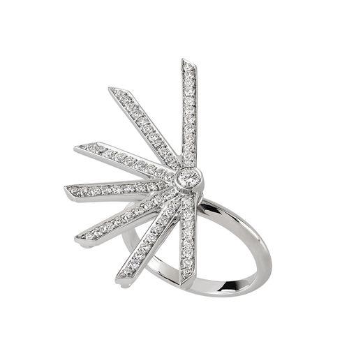 star-ring-white-diamonds